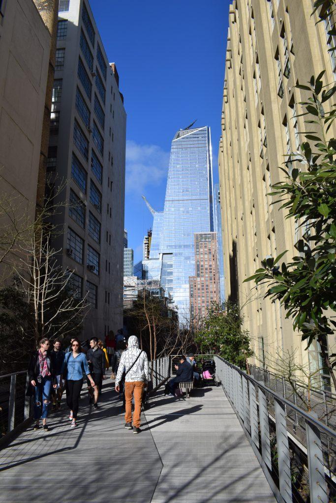 Camminare lungo la High Line a New York